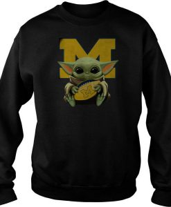 Baby Yoda Hug Michigan Wolverines sweatshirt FR05
