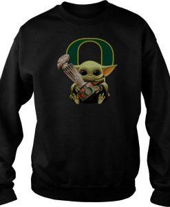 Baby Yoda Hug Oregon Ducks Cup sweatshirt FR05